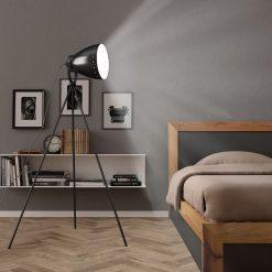 Candeeiro de chão com tripé E27 metal preto